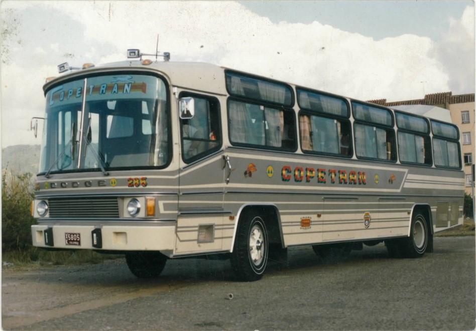 Aga-de-Lujo-Dodge-P900